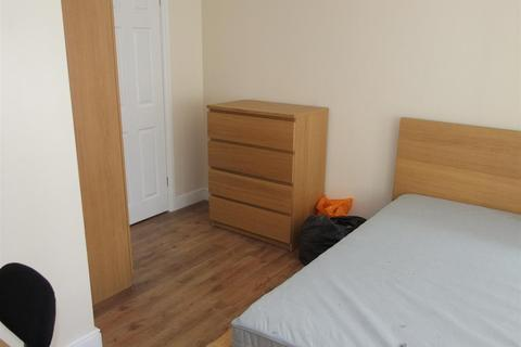 4 bedroom house share to rent - Terry Road, Coventry