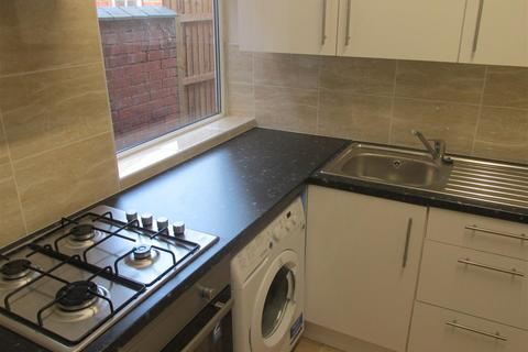 3 bedroom house share to rent - Wren Street, Coventry