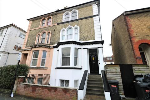 1 bedroom flat for sale - Cobham Street, Gravesend