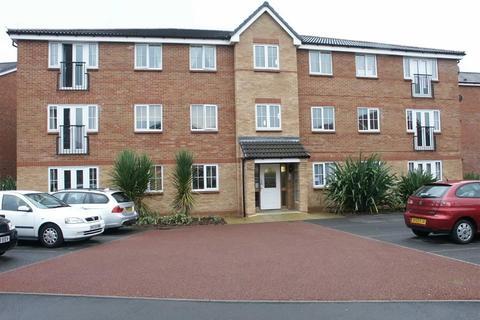 2 bedroom flat to rent - Trent Bridge Close, Trentham, Stoke-On-Trent