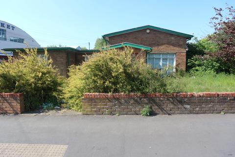 Property to rent - Cottage Street, Brierley Hill DY5
