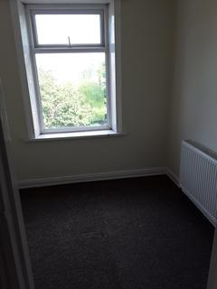 3 bedroom terraced house to rent - Bradford  BD53