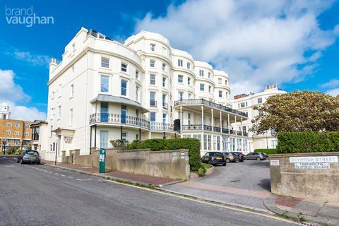 3 bedroom property to rent - Marine Parade, Brighton, BN2