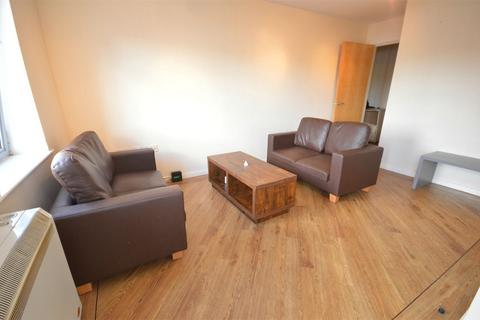3 bedroom flat - River View, Low Street, Sunderland, Tyne and Wear