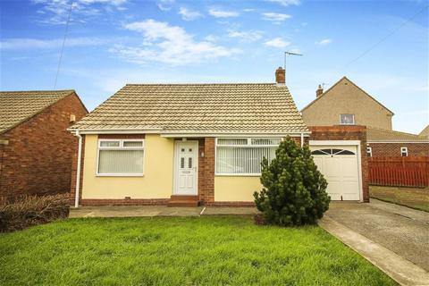 2 bedroom detached bungalow for sale - Glendale Road, Shiremoor, Newcastle Upon Tyne