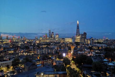 3 bedroom apartment for sale - Two Fifty One, Southwark Bridge Road, Elephant and Castle, SE1