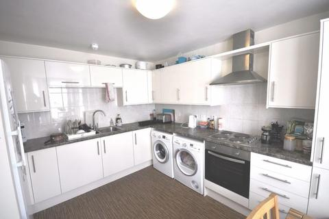 6 bedroom house share to rent - Gloucester Place, Cheltenham