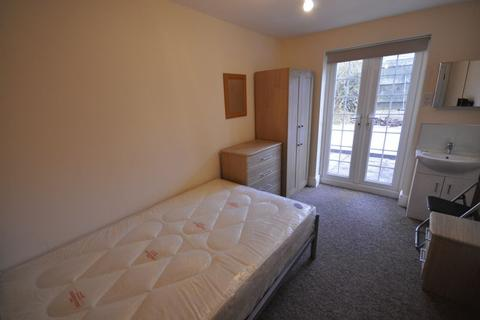 1 bedroom house share to rent - Queens Road, Cheltenham