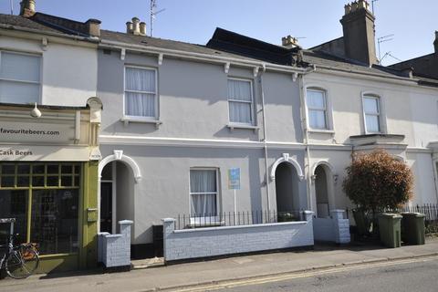 4 bedroom terraced house to rent - Hewlett Road, Cheltenham