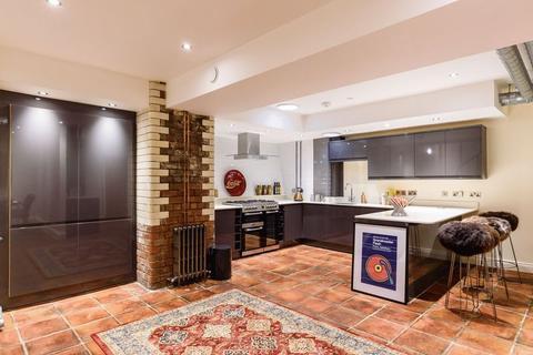 2 bedroom apartment to rent - Dakota Apartment, James Street, St. Pauls Square