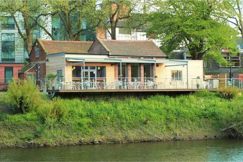 Property to rent - Smithfield Road, Shrewsbury