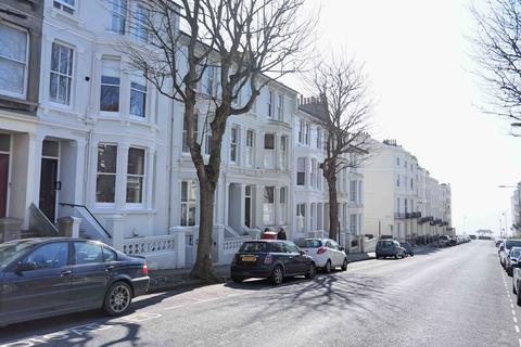 2 bedroom apartment to rent - Eaton Place, Brighton