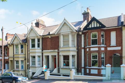 2 bedroom apartment for sale - Millers Road, Brighton, BN1