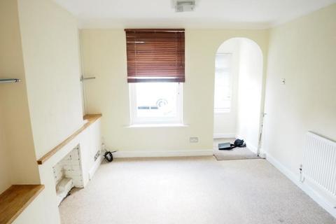 2 bedroom cottage to rent - Edward Road, BARNET, EN4
