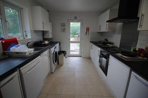 6 bedroom semi-detached house to rent - **£89pppw** Hawton Crescent, Wollaton, Nottingham