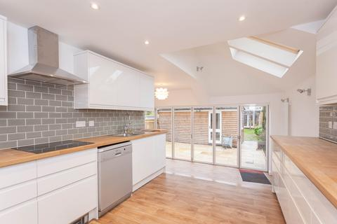 4 bedroom house to rent - Chestnut Avenue, Headington, Oxford