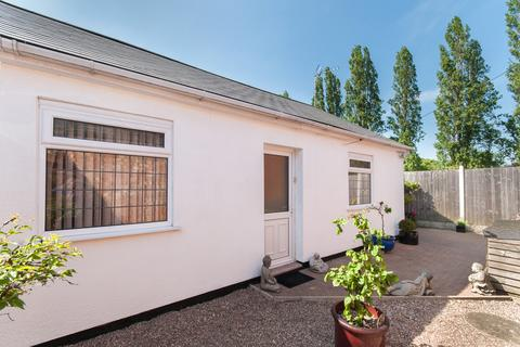 3 bedroom detached bungalow for sale - Sinfin Lane, Derby