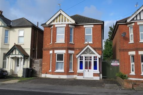 4 bedroom detached house to rent - Bengal Road, Winton, Bournemouth