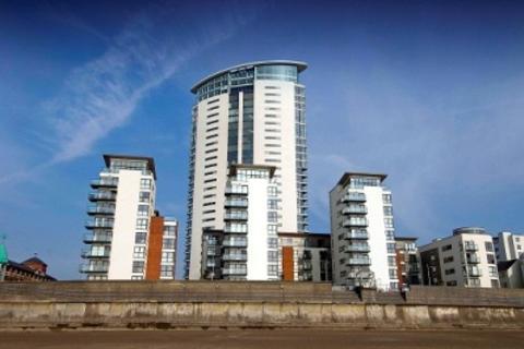 1 bedroom apartment to rent - Meridian Tower, Trawler Road, Swansea. SA1 1JN