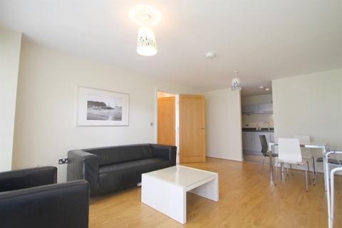 2 bedroom flat to rent - Victoria Wharf, Cardiff Bay ( 2 Beds ) *
