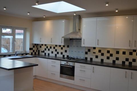 3 bedroom semi-detached house to rent - Oldfield Road,  Bexleyheath, DA7