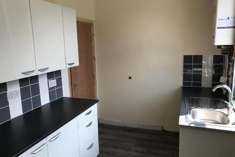 3 bedroom terraced house to rent - Colenso Road, Holbeck, West Yorkshire, LS11