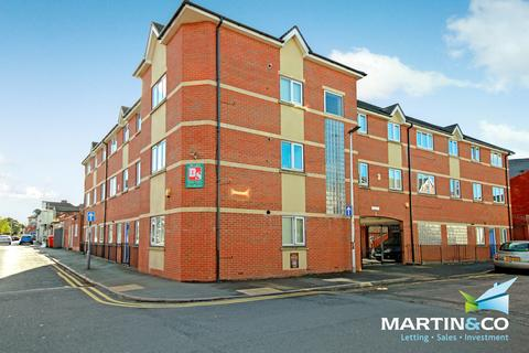 Studio to rent - Anderson Court, Anderson Road, Bearwood, B66