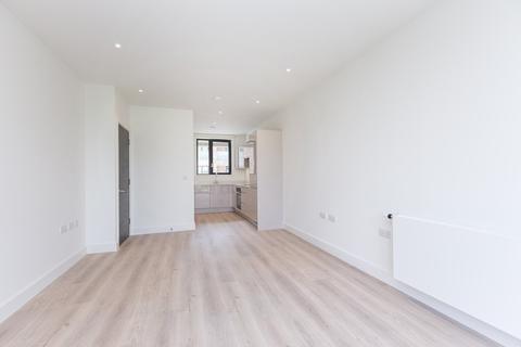 1 bedroom apartment to rent - Tide Waiters House, Aberfeldy Village, E14