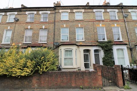 4 bedroom terraced house to rent - Roden Street N7