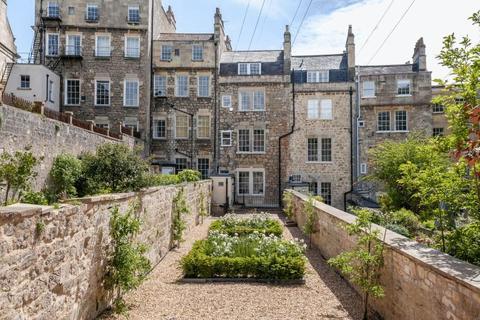 3 bedroom apartment to rent - Lansdown Place West, Bath