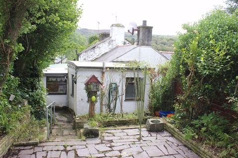 2 bedroom semi-detached house for sale - Pen Y Bont, Waunfawr, Gwynedd