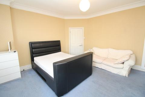 House share to rent - Hurstbourne Road, Forest Hill, SE23