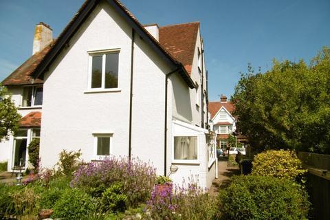 2 bedroom ground floor maisonette to rent - Sheringham