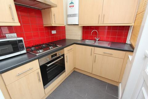 3 bedroom terraced house to rent - 44 Priestley Street, Sheffield