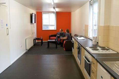 Studio to rent - Fitzalan Square, Sheffield