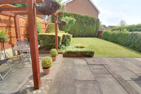 3 bedroom detached house for sale - Chiltern Close, Warren Wood, Nottingham