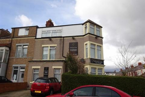 Guest house for sale - Linden Terrace, Whitley Bay, Tyne And Wear, NE26