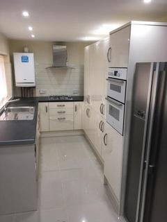 5 bedroom terraced house to rent - Heald Place, MANCHESTER M14