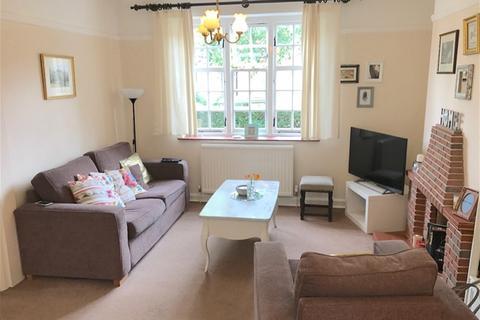 2 bedroom semi-detached house to rent - Willifield Way, Hampstead Garden Suburb