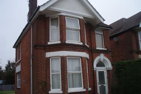Property to rent - Winchester Road, Bassett, Southampton, SO16