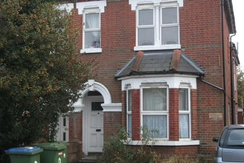 4 bedroom flat to rent - Alma Road, Portswood, Southampton, SO14