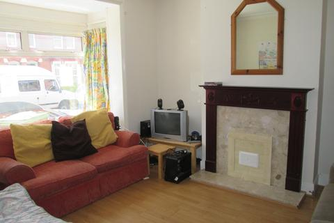 4 bedroom property to rent - Cromwell Road, Southampton, SO15
