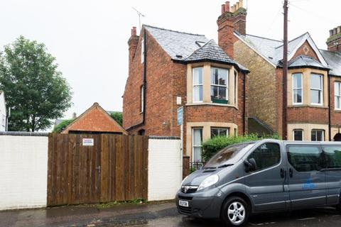 3 bedroom detached house for sale - Kineton Road, Grandpont, Oxford