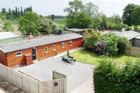 3 bedroom detached house for sale - Cherrytree Lodge, High Moor Lane, Shipton by Beningbrough, York