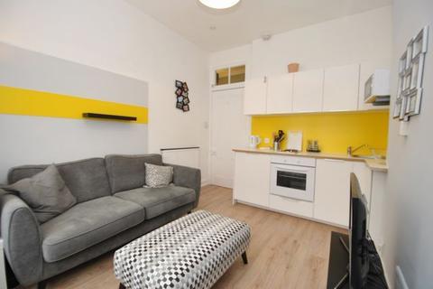 1 bedroom flat to rent - Crow Road, Anniesland, GLASGOW, Lanarkshire, G13