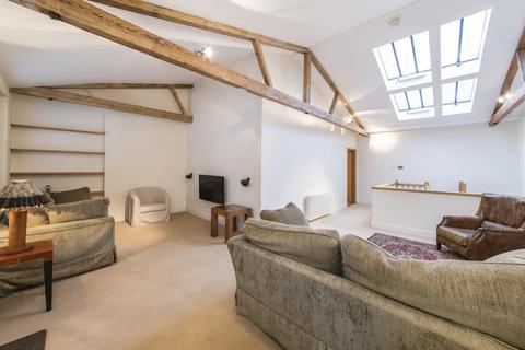 2 bedroom terraced house for sale - Holland Park Mews, Holland Park, W11