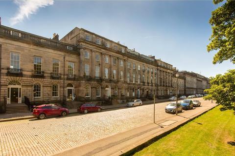 2 bedroom apartment to rent - FLAT F4, Royal Terrace, New Town, Edinburgh