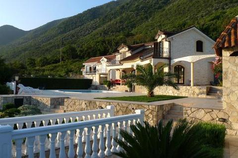 5 bedroom house  - Villa Asanin, Stoliv, Boka Bay