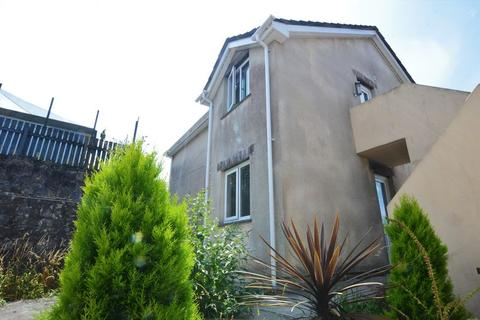 2 bedroom apartment to rent - Hillside Court, Bodmin