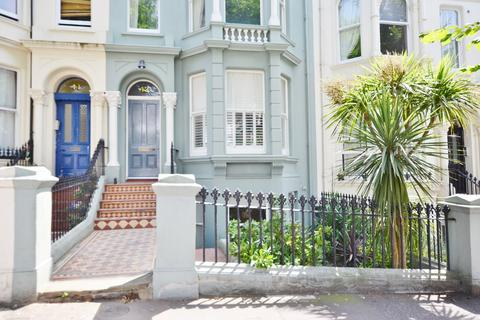 2 bedroom apartment to rent - Upper Rock Gardens, Brighton, BN2